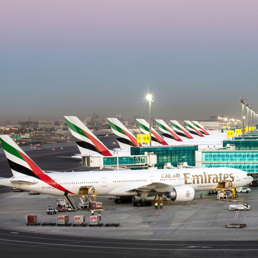 2da65937-3f91-4940-886a-2763672aca36_emiratesplanes