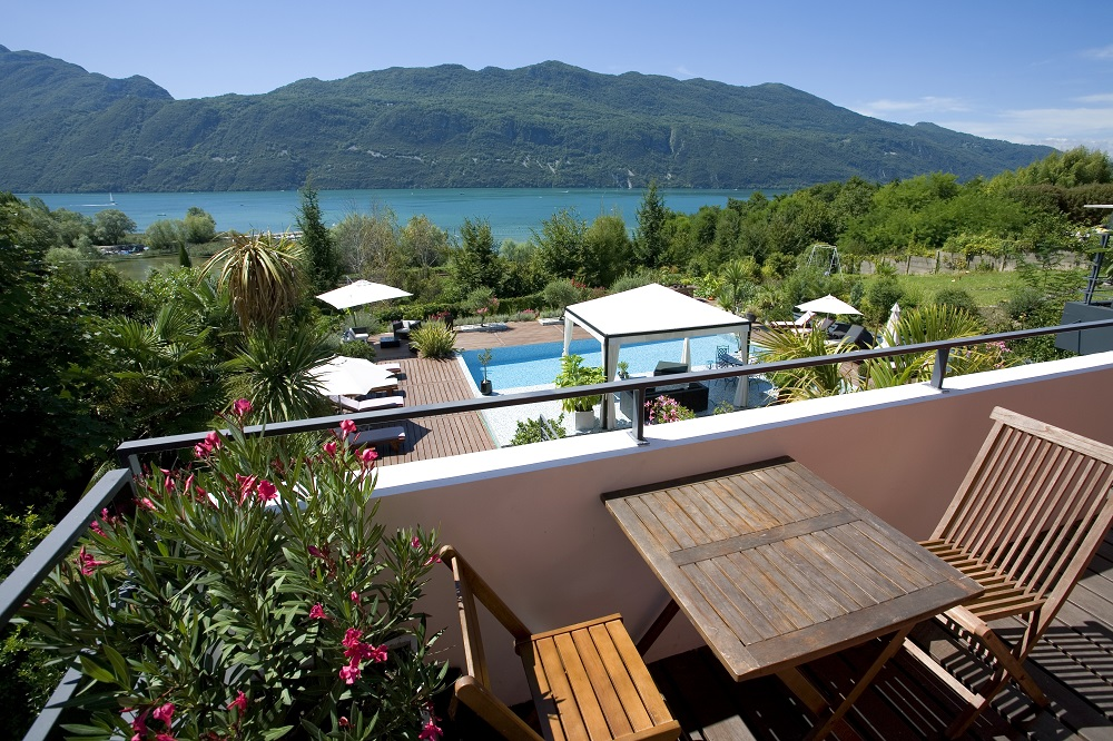 Top spots for a spa getaway travel weekly for Piscine du lac a tours