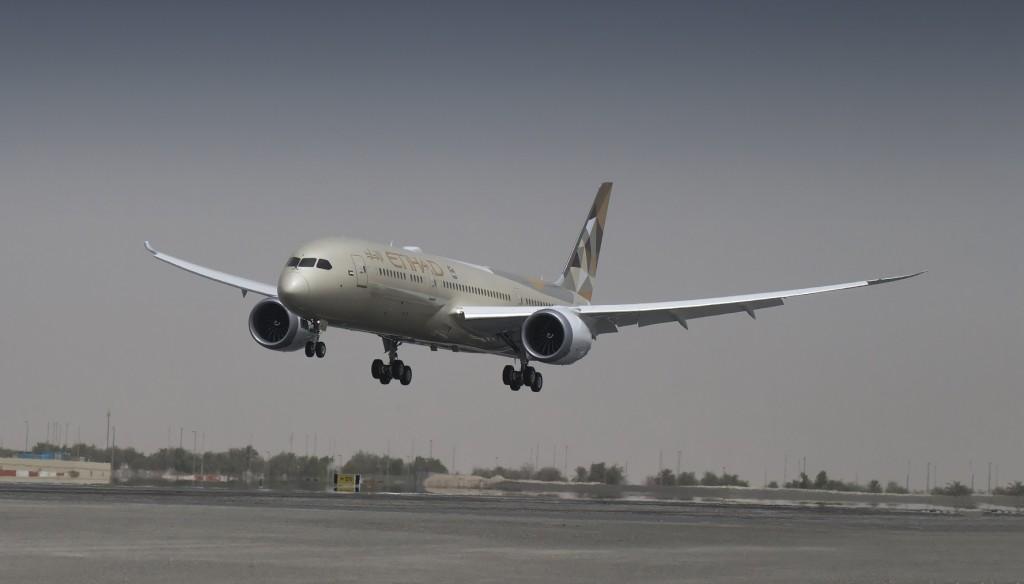 B787 in Abu Dhabi