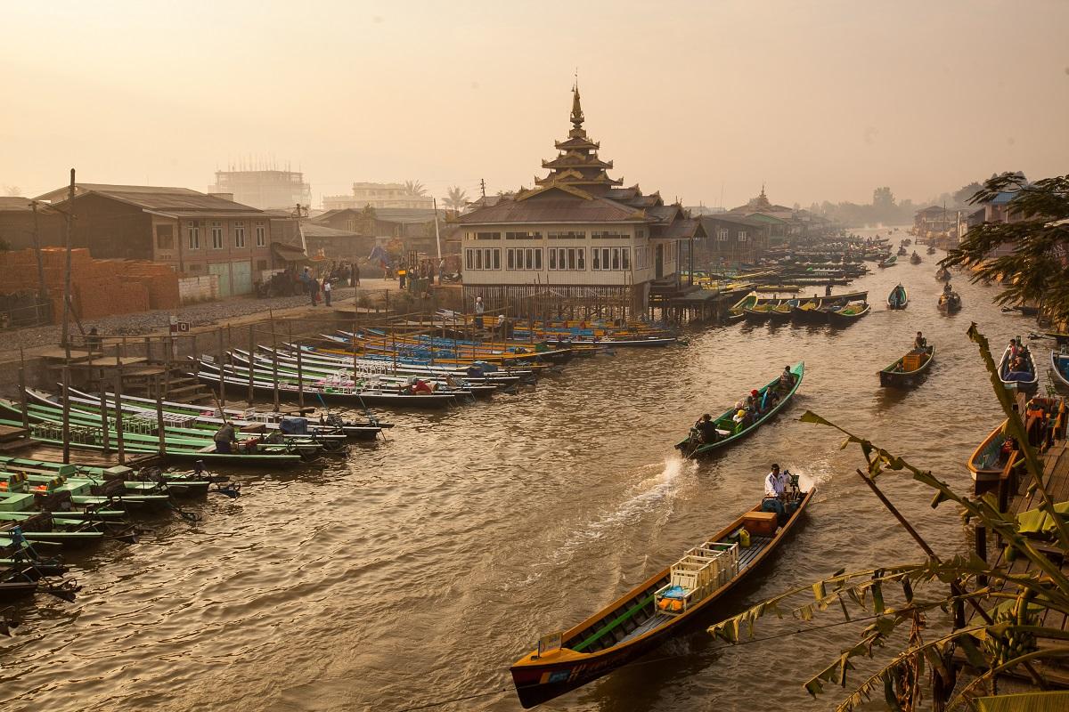 Amazing, Myanmar