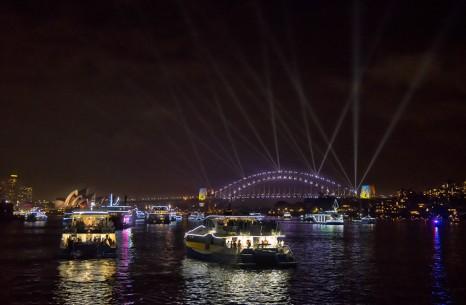 gs_gen_9077_1-crystal-symphony-guests-enjoying-nye-fireworks-lr