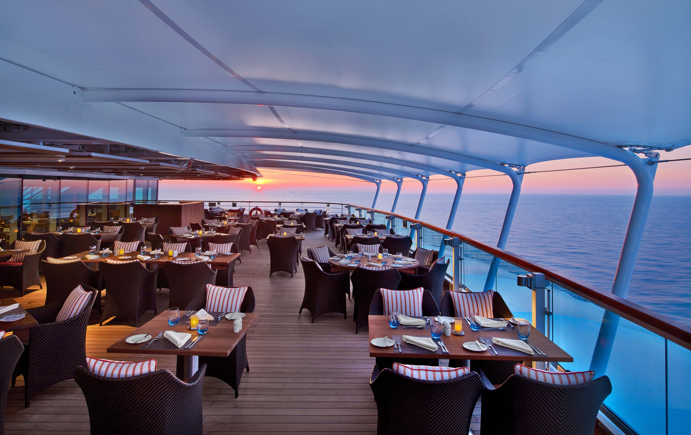 seabourn-encore-the-colonnade