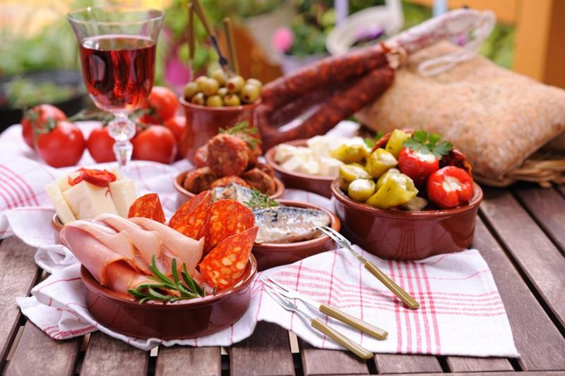 SpanishWonder Dining 185012763