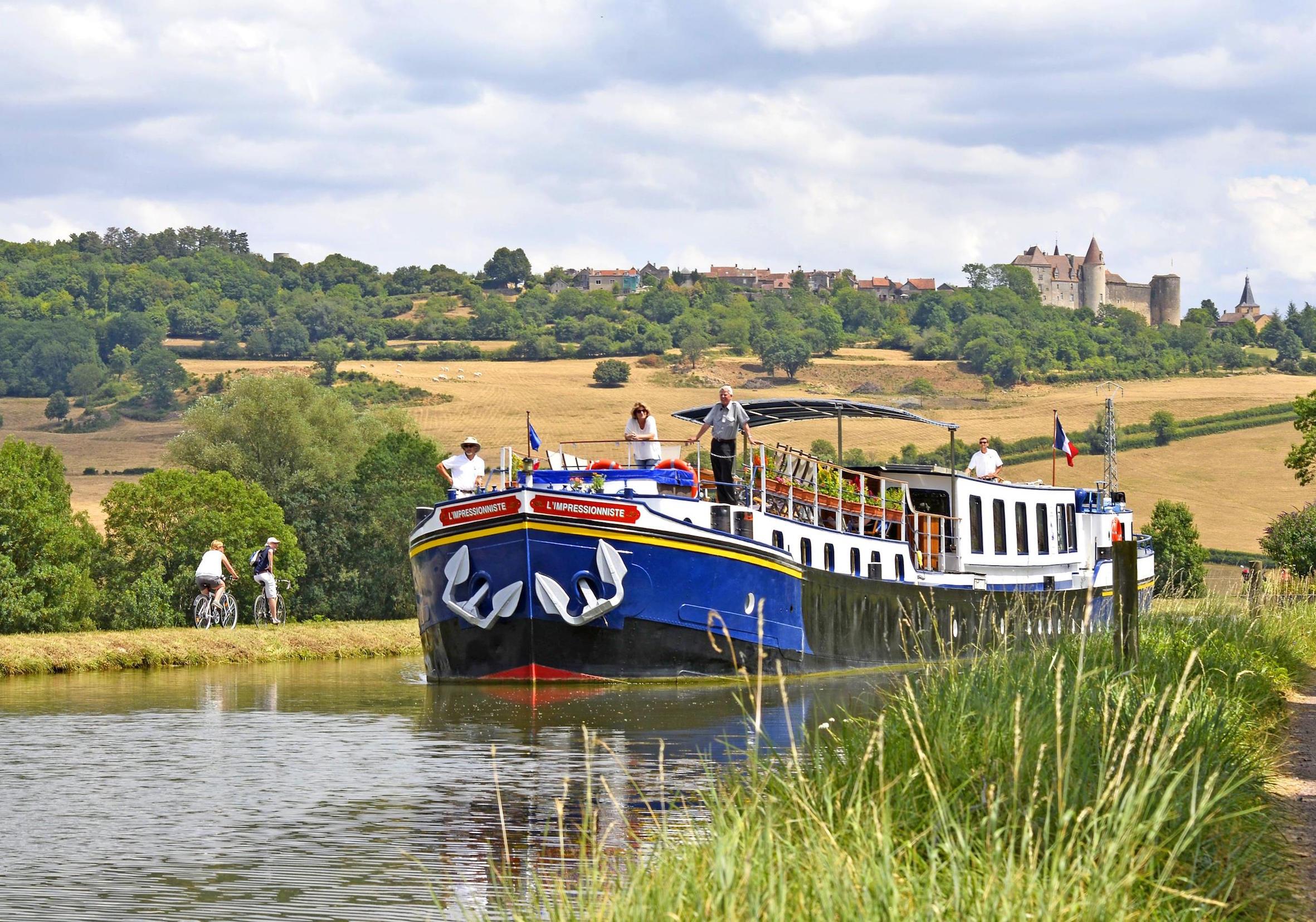 Hotel Barge L'Impressionniste Cruising in Burgundy (2)
