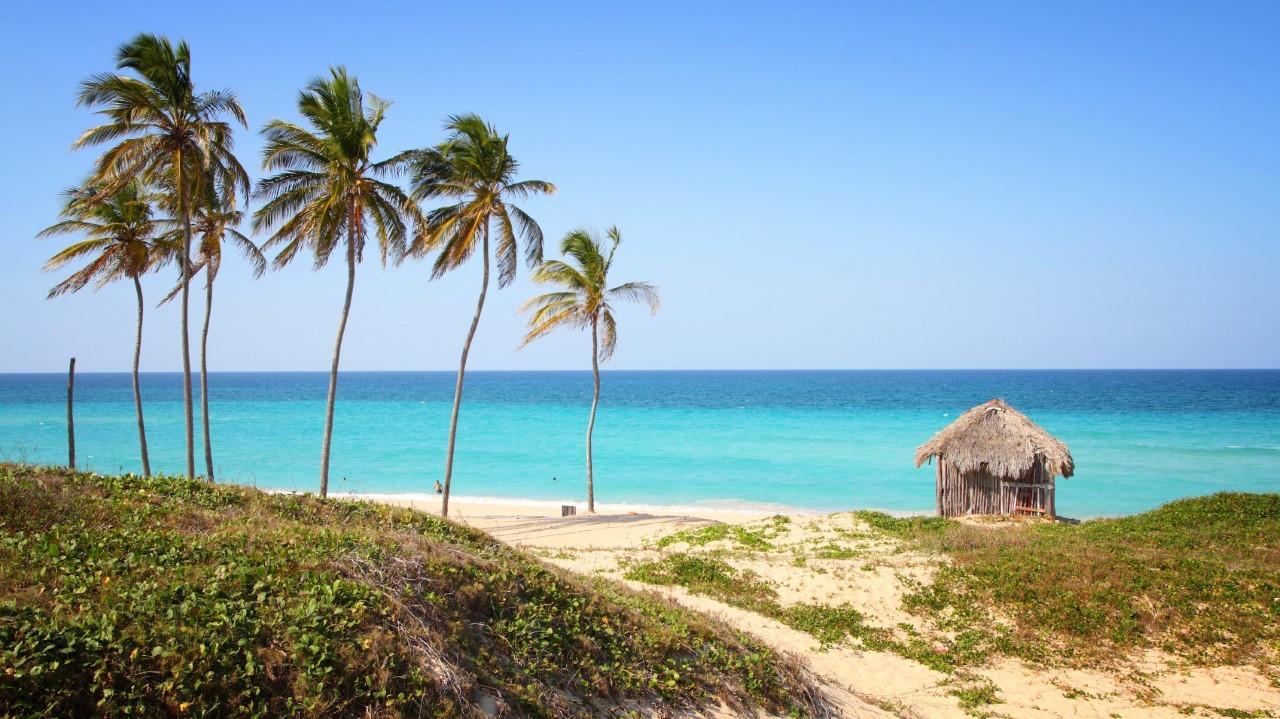thumbnail_Cuba_beach_shutterstock_569256766
