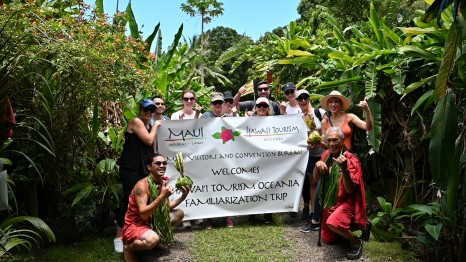 Halawa Cultural Tour (HTO-Travel Associates famil)
