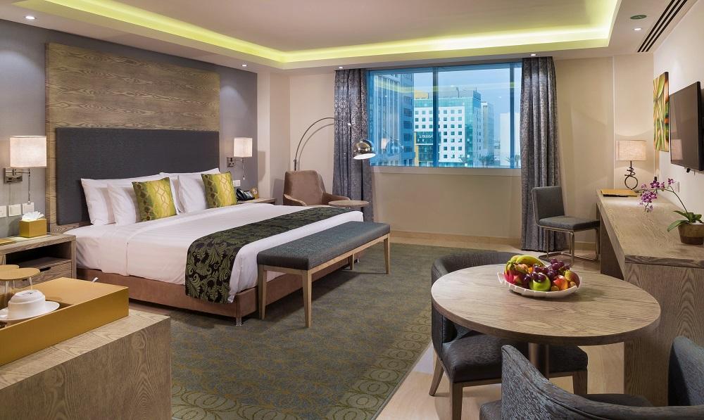 Centara Muscat Oman-Business_Club_Suite