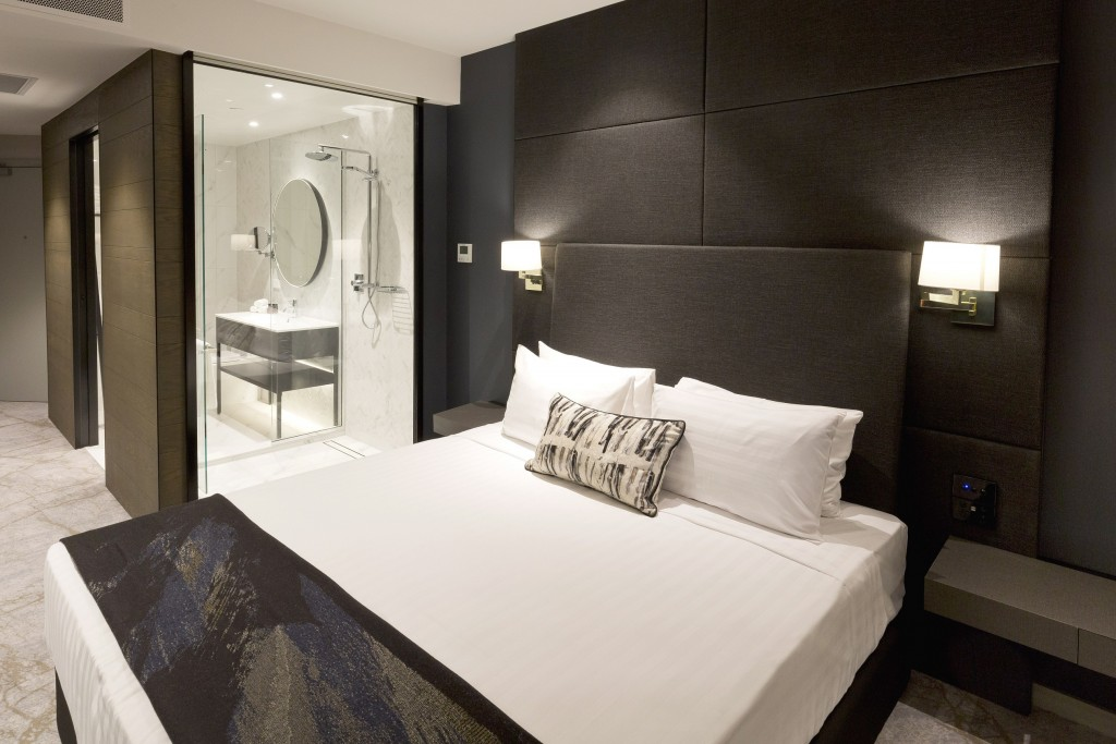 Crowne Plaza Christchurch features 204 rooms