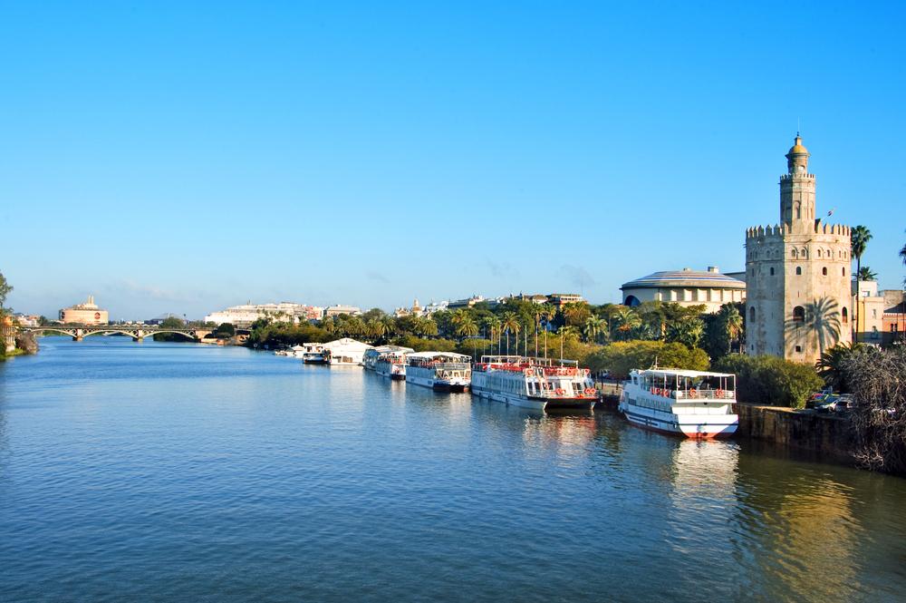 Spain_Seville_GuadalquivirRiver_shutterstock_49598776low