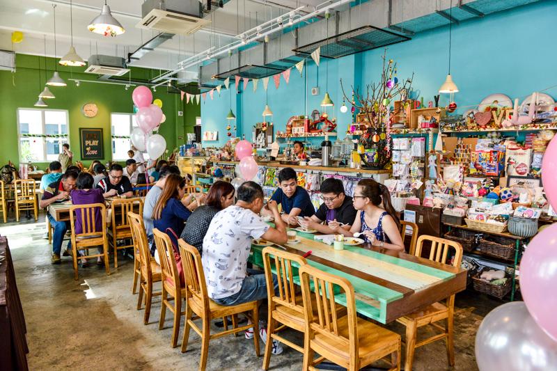 Eat Play Love Craft Cafe Menu