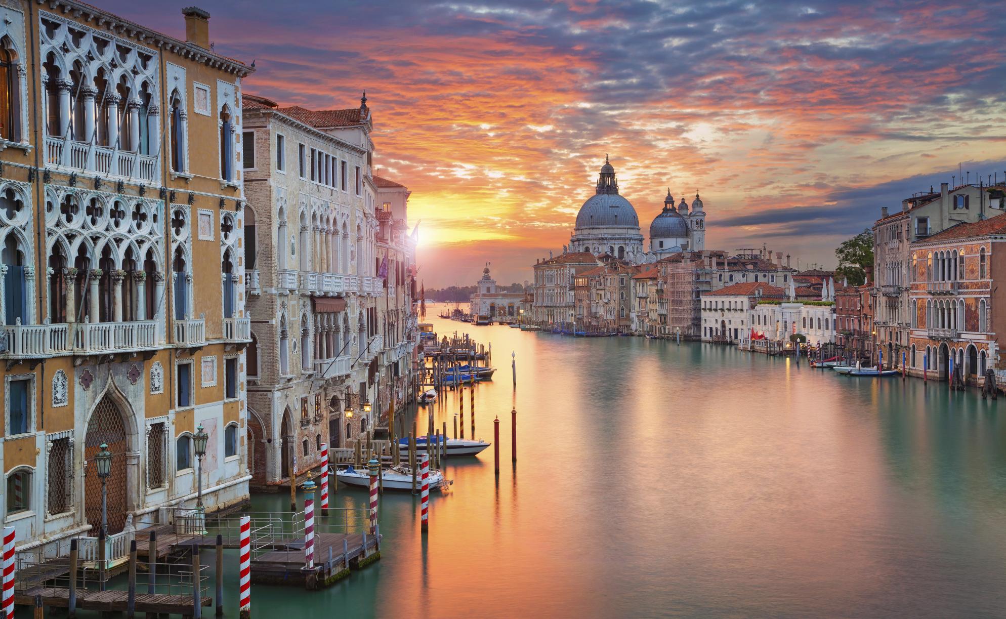 ITALY_venice_shutterstock_324392561small