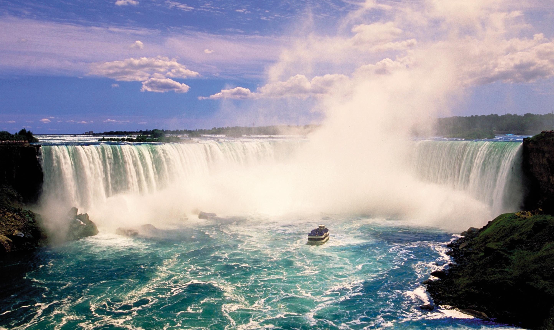 Insight Vacations Niagara Falls Maid of Mist
