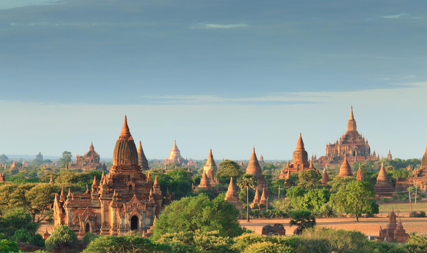 Burma_Bagan_shutterstock_58620745smal