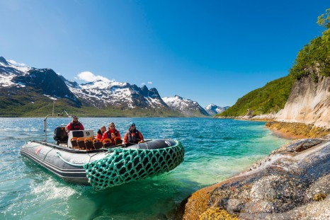 Explore-Ersfjorden-in-Explorer-Boats-HGR-115791sml