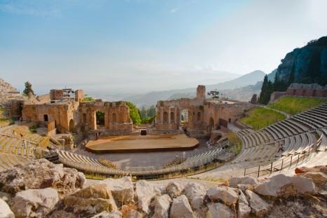Italy_Sicily_shutterstock_82996954sml