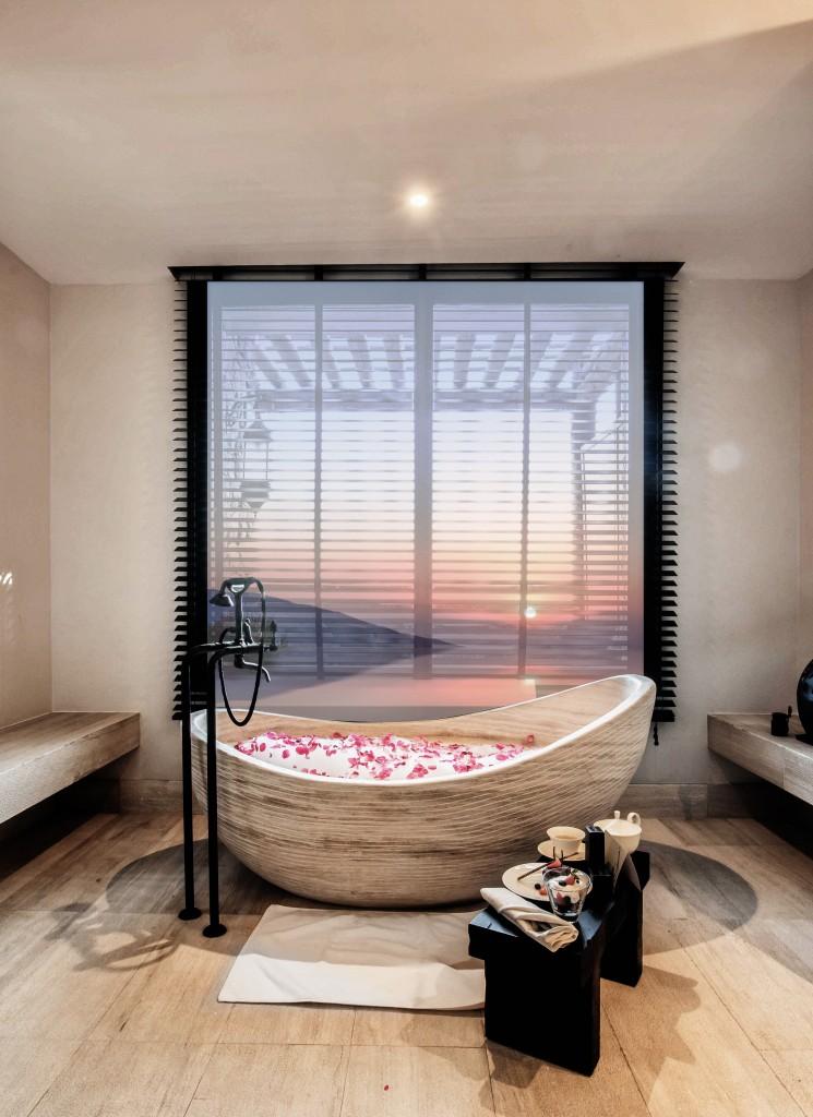 Alila Jabel Akhdar Rose Bath