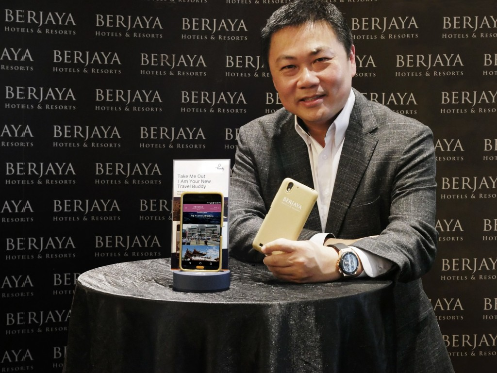Hanley Chew Chief Executive Officer of BHR with the new 'handy' phone