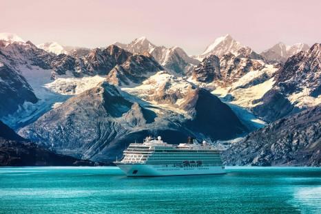 Viking-ocean-ship-in-Alaska
