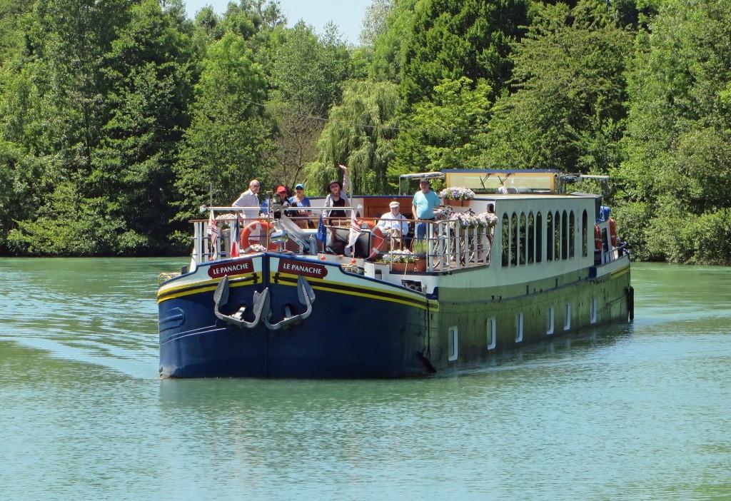 European Waterways_Panache - Champagne Cruise
