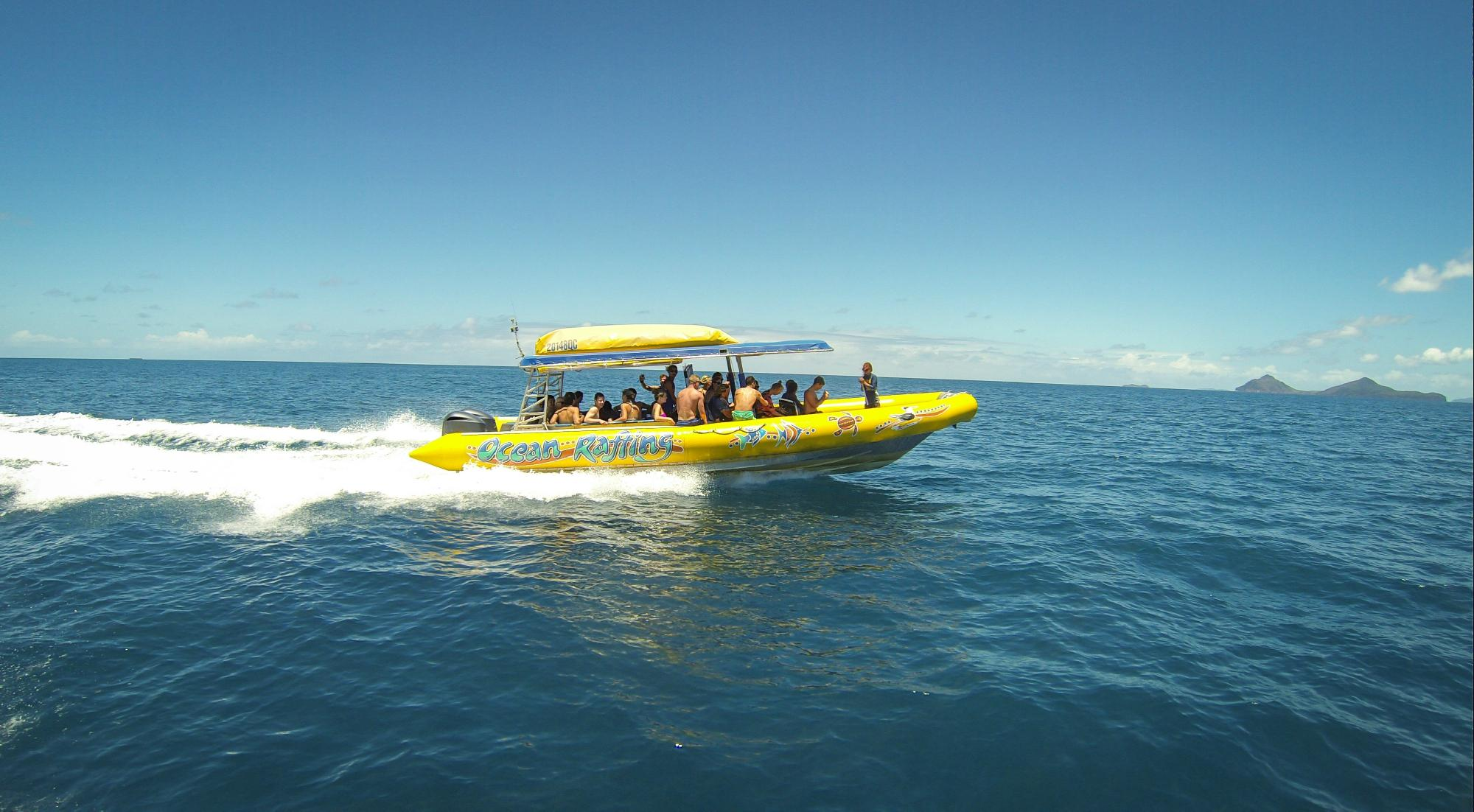 2b. Ocean rafting at Airlie Beach