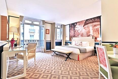 Fraser Suites Le Claridge_Bedroom_Lowres