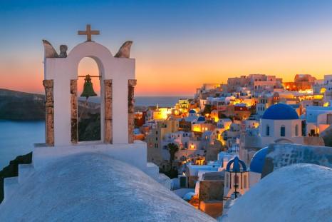 Greece_Santorini_shutterstock_422093323sml