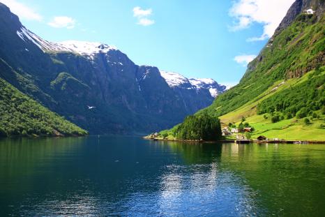 Norway_Fjord_shutterstock_low_107659094low
