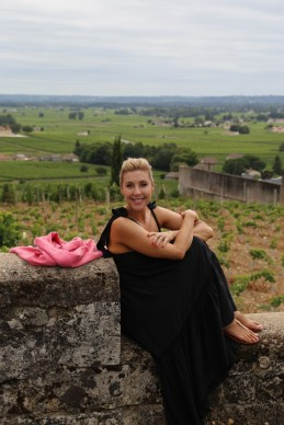 Catriona Rowntree in the Bordeaux countryside
