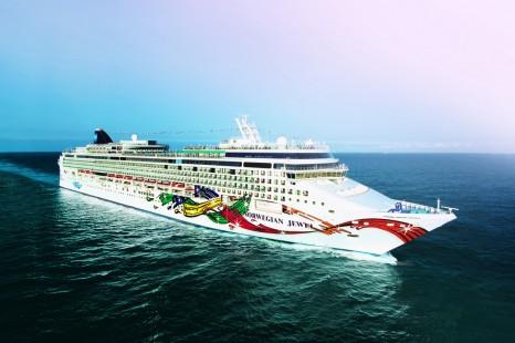Aerial Norwegian Jewel.Norwegian Jewel - Norwegian Cruise Line