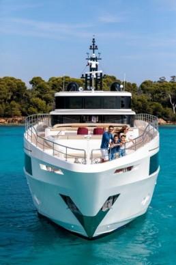Big Fat Cruise Wrap – Travel Weekly