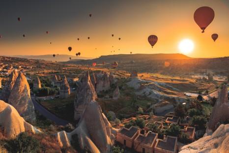 Turkey_Cappadocia_shutterstock_364966055sml