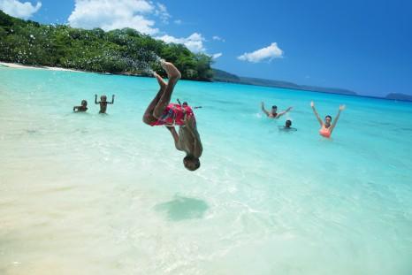 Vanuatu - Beach swimming
