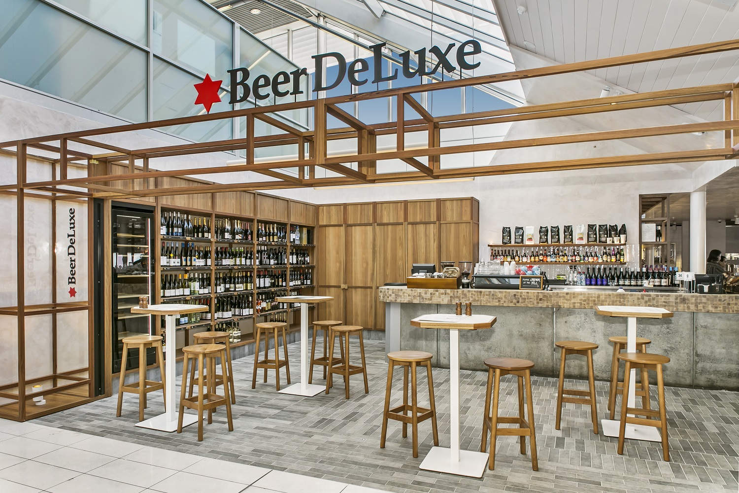 Sydney Airport unveils Beer DeLuxe at T2 Domestic terminal