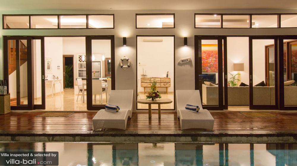 villa-club-corner-residence-73b96e9a