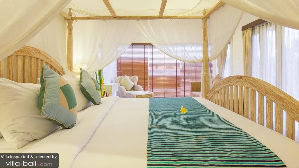 villa-club-corner-residence-club-residence-club-corner-bedroom3-night-0102-5a9628d868fe7