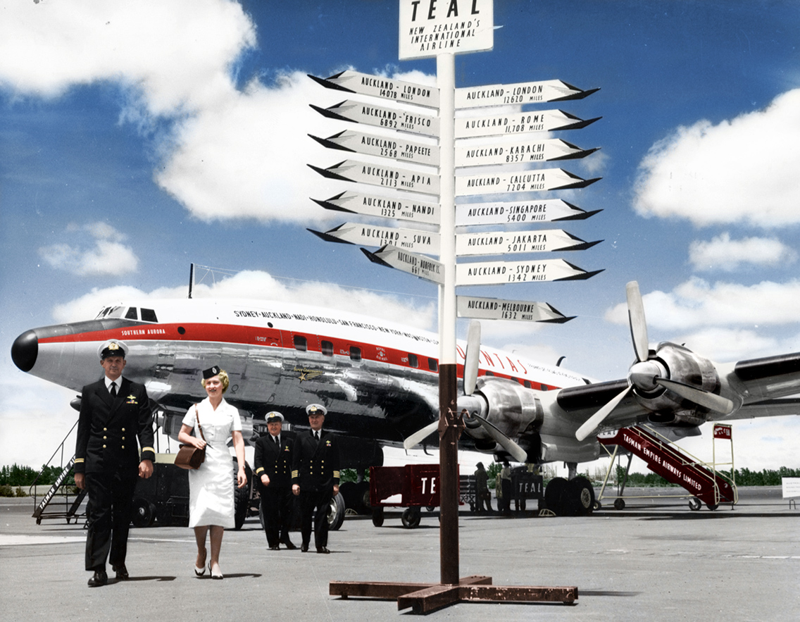 Qantas Super Constellation in Auckland. Colorized by Benoit Vienne. Source: AirlineRatings.com