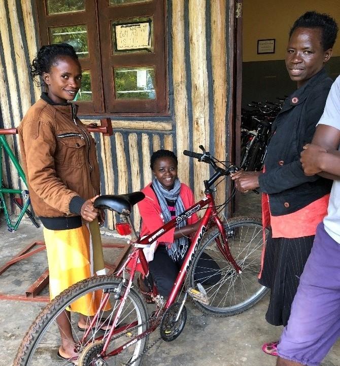 Bwindi bike shop.1
