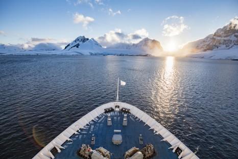 Intrepid Travel-Peregrine Adventures-Antarctica_Port Lockroy_052
