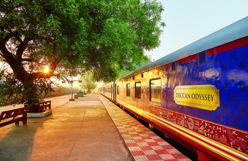 APT India Decan Odyssey-TRAIN