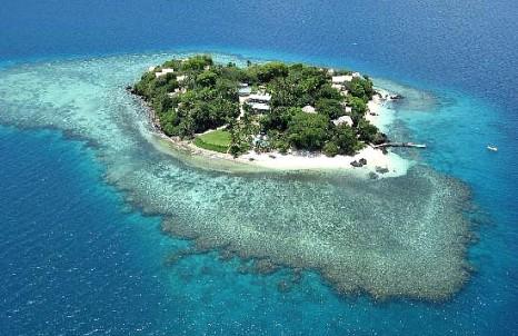 Royal_Davui_aerial_Fiji_honeymoon
