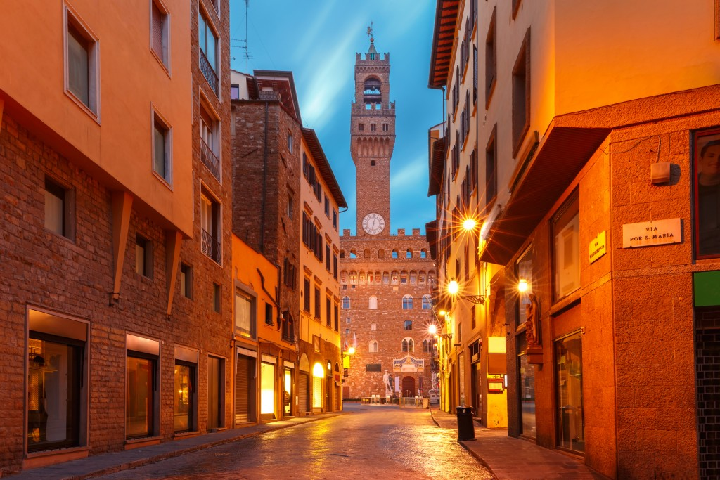 Famous tower of Palazzo Vecchio on the Piazza della Signoria in the morning in Florence, Tuscany, Italy