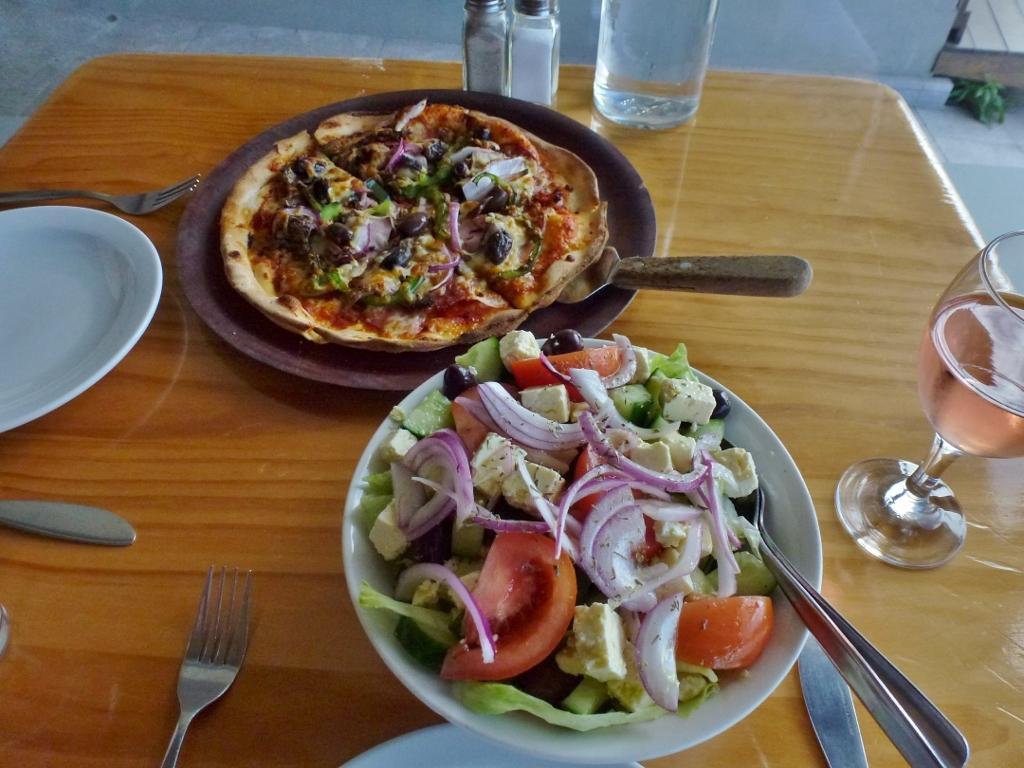 6c. Sams Pizzeria On The Waterfront