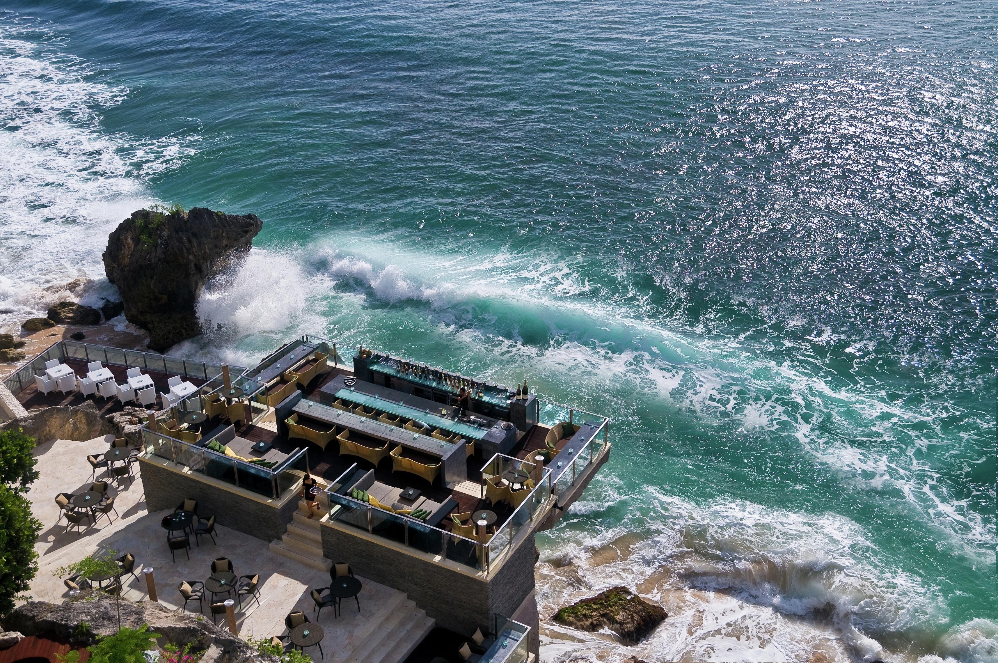 the new Rock Bar at the Ayana Resort Bali