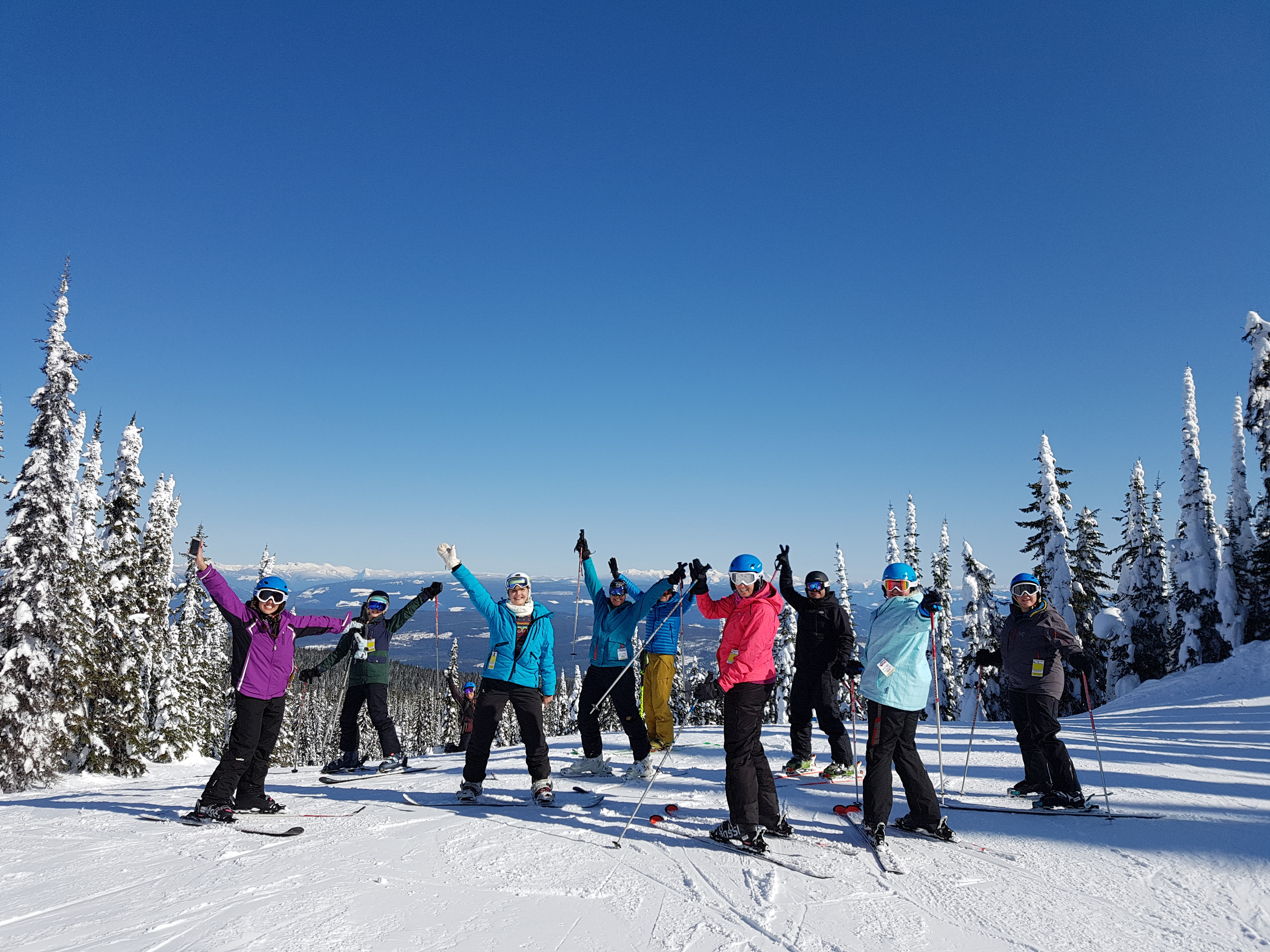 Group on slopes Mega 18 SS