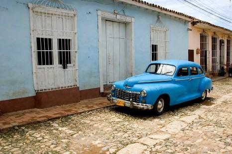 Peregrine Adventures-cuba_trinidad_car-blue-street