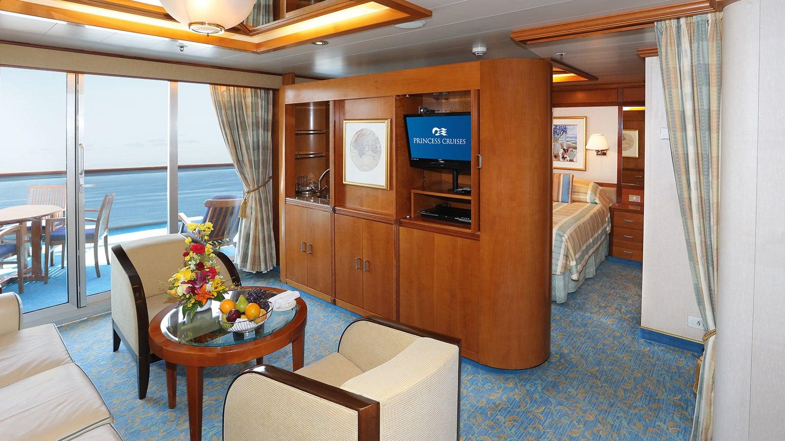 sun-class-suite-1600