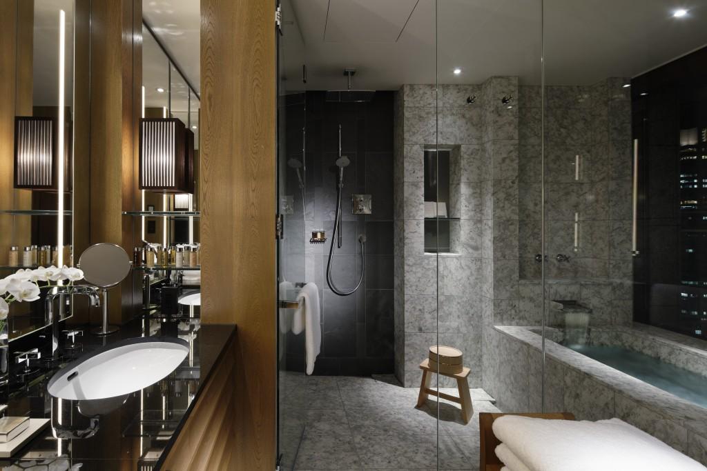 Palace Hotel Tokyo - Bathroom