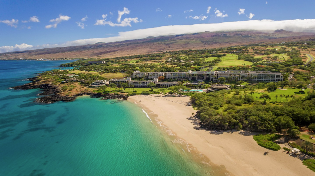 Sizzlin December News From The Island Of Hawaii Travel Weekly