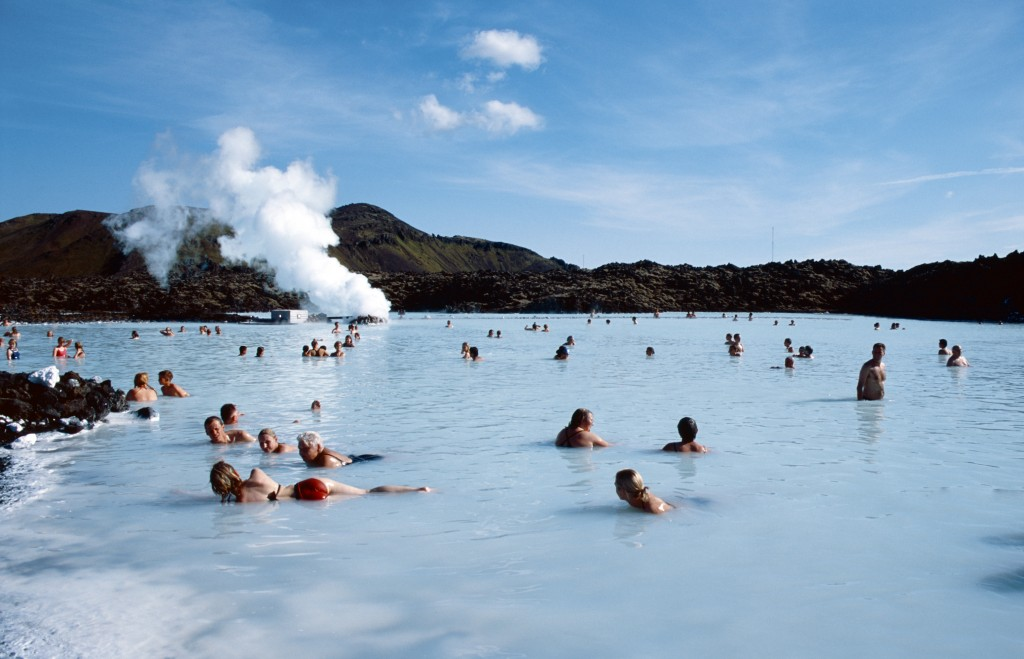 Iceland/ IStock/ robas