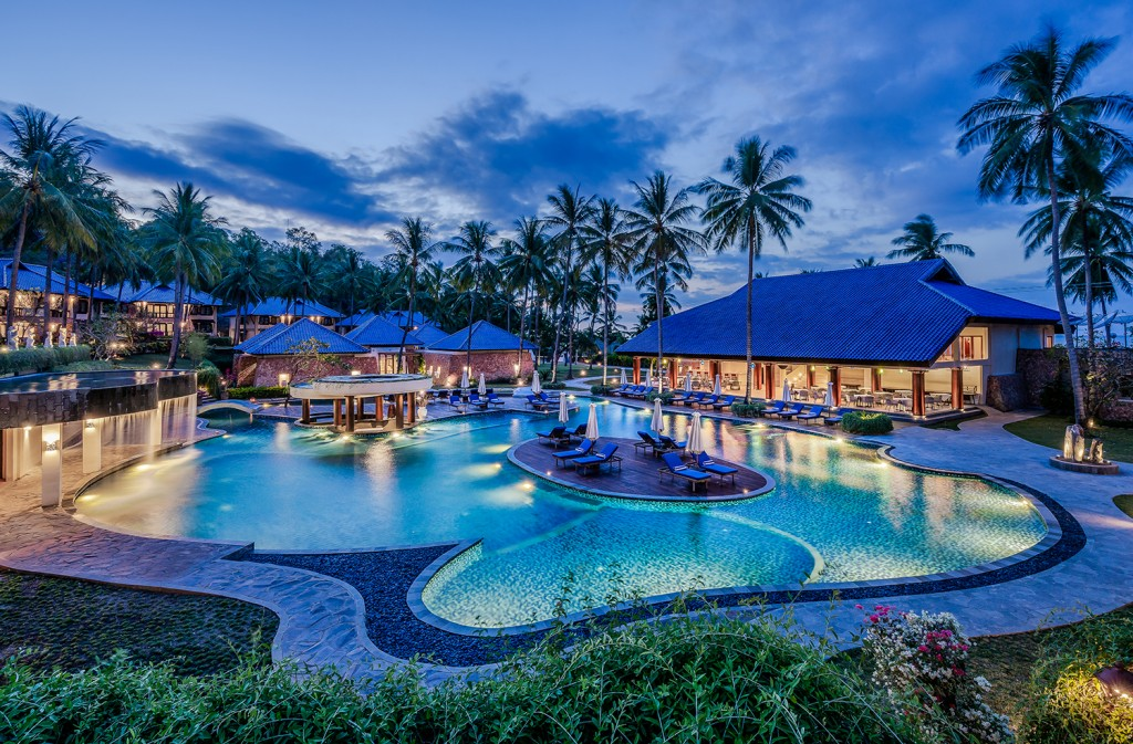Wyndham Sundancer Lombok pool MEDIUM